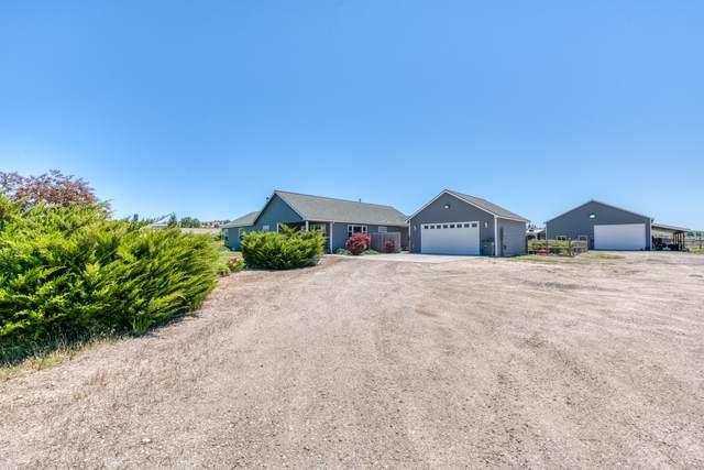 343 Moiese Lane, Stevensville, MT 59870 (MLS #22109404) :: Peak Property Advisors
