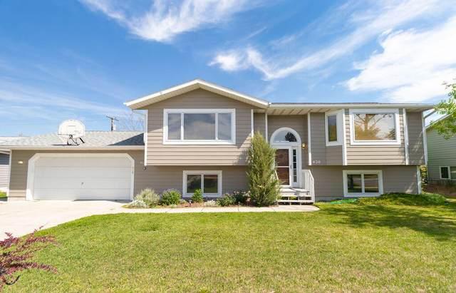 420 Barney Street, Helena, MT 59601 (MLS #22109546) :: Peak Property Advisors