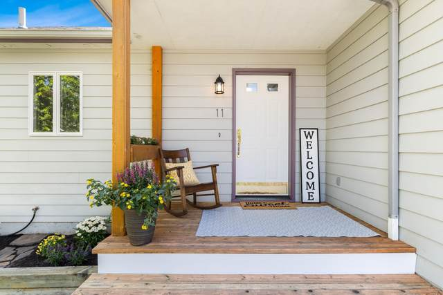 11 Willowbrook Close, Whitefish, MT 59937 (MLS #22110548) :: Peak Property Advisors