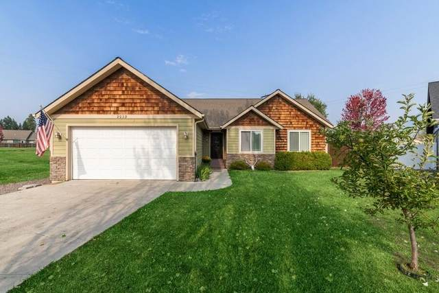 2025 Terrace Court, Columbia Falls, MT 59912 (MLS #22114589) :: Peak Property Advisors