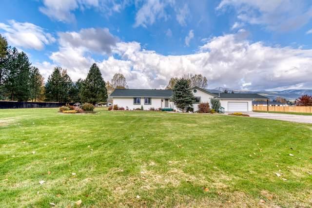 4055 Houk Way, Stevensville, MT 59870 (MLS #22116283) :: Peak Property Advisors
