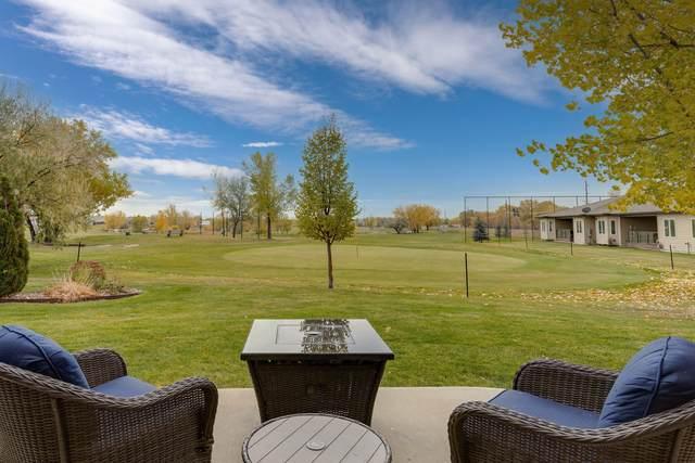 1318 Emerald Drive, Great Falls, MT 59404 (MLS #22116567) :: Montana Life Real Estate