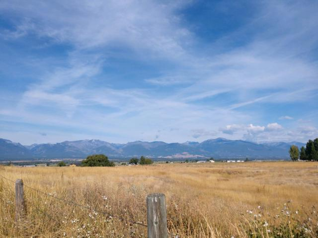Nhn Simpson Lane, Corvallis, MT 59828 (MLS #21810902) :: Keith Fank Team