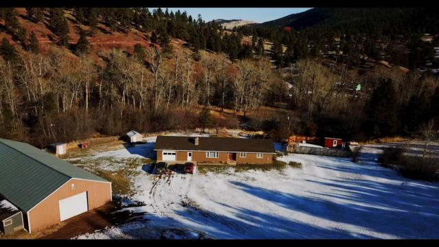 1910 Lyons Creek Road, Wolf Creek, MT 59648 (MLS #21814348) :: Keith Fank Team