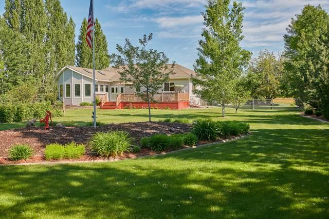 42 Kintla Way, Kalispell, MT 59901 (MLS #22108447) :: Peak Property Advisors
