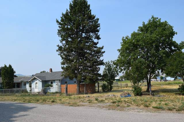 421 Home Addition Drive, Saint Ignatius, MT 59865 (MLS #22110808) :: Whitefish Escapes Realty