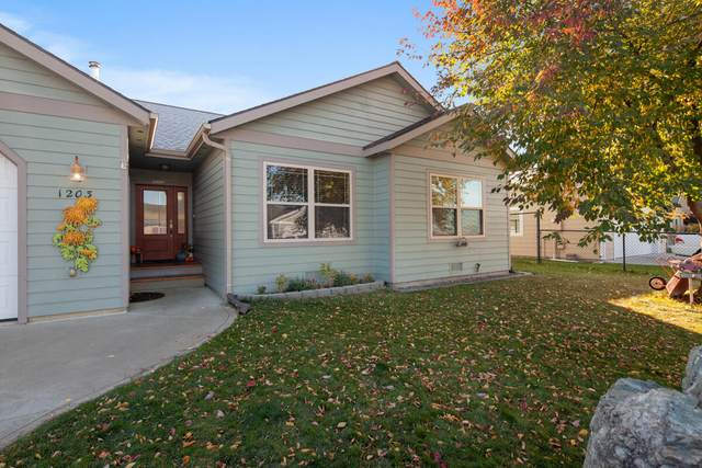 1203 15th Avenue W, Columbia Falls, MT 59912 (MLS #22116057) :: Whitefish Escapes Realty