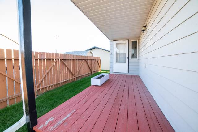 2325 15th Avenue S, Great Falls, MT 59405 (MLS #21914545) :: Andy O Realty Group