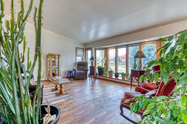 120 Mountain View Drive, Victor, MT 59875 (MLS #22105906) :: Peak Property Advisors