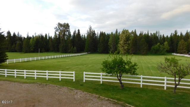3800 Mt Hwy 40, Columbia Falls, MT 59912 (MLS #21713361) :: Loft Real Estate Team