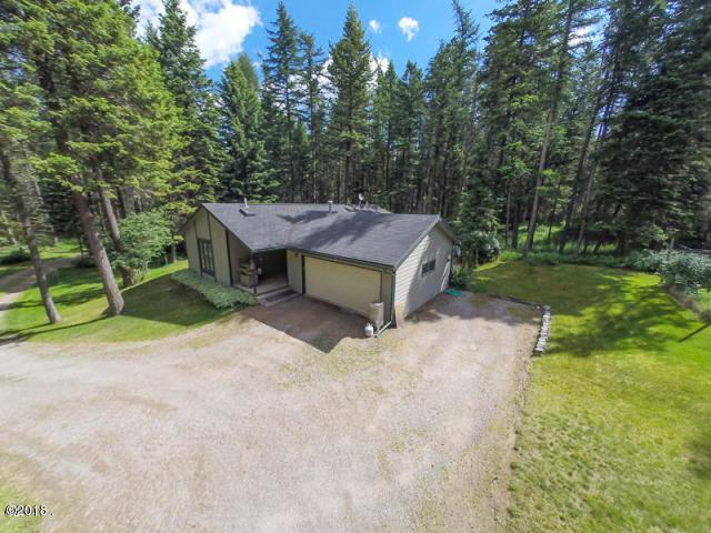 3874 Highway 40, Columbia Falls, MT 59912 (MLS #21801198) :: Loft Real Estate Team