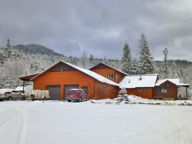 2069 Foothill Road, Kalispell, MT 59901 (MLS #21900444) :: Brett Kelly Group, Performance Real Estate