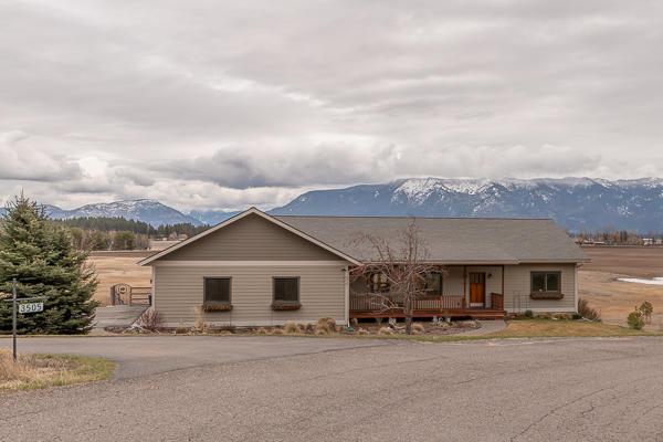3505 Longwood Drive, Kalispell, MT 59901 (MLS #21904626) :: Loft Real Estate Team