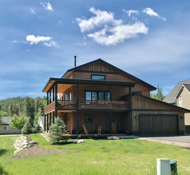 137 Stumptown Loop, Whitefish, MT 59937 (MLS #21910625) :: Performance Real Estate