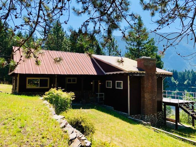 261 N Milnor Lake Road, Troy, MT 59935 (MLS #21912465) :: Andy O Realty Group