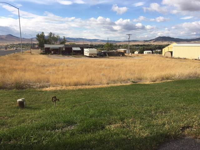 2100 Euclid Avenue, Helena, MT 59601 (MLS #21917322) :: Andy O Realty Group