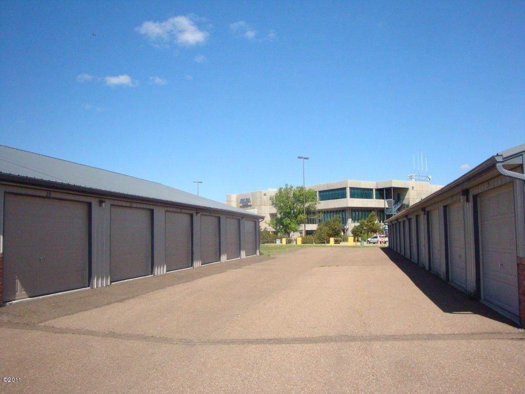 2701 Terminal Drive - Photo 1