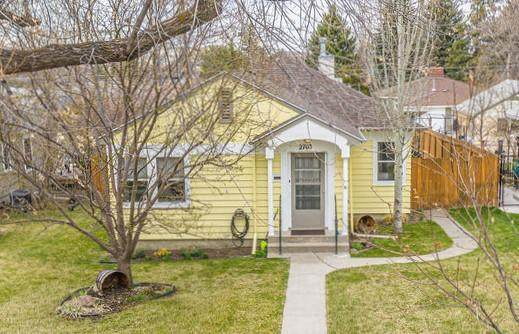 2705 4th Avenue N, Great Falls, MT 59401 (MLS #22005572) :: Andy O Realty Group