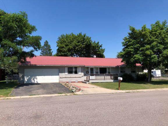 473 C St E N, Columbia Falls, MT 59912 (MLS #22011936) :: Dahlquist Realtors