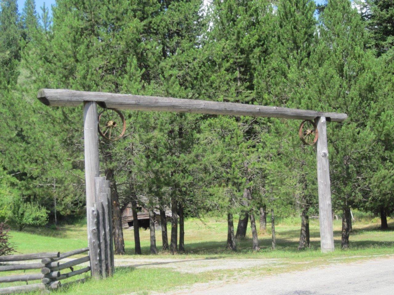4340 Lake Creek Road - Photo 1