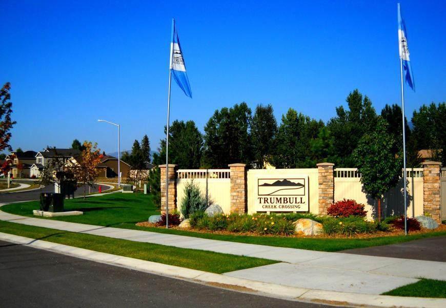 226 St Regis Drive - Photo 1