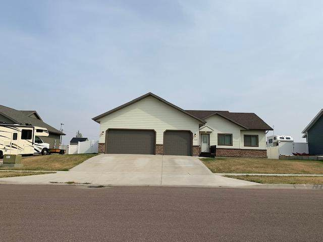 3409 14th Street NE, Great Falls, MT 59404 (MLS #22015175) :: Whitefish Escapes Realty