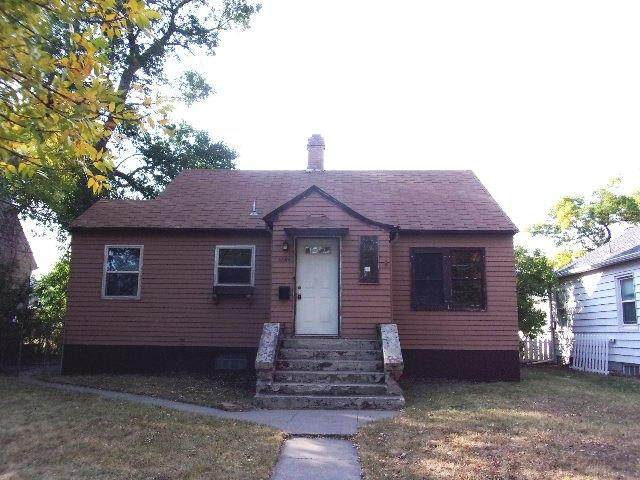 2504 2nd Avenue S, Great Falls, MT 59405 (MLS #22015420) :: Performance Real Estate