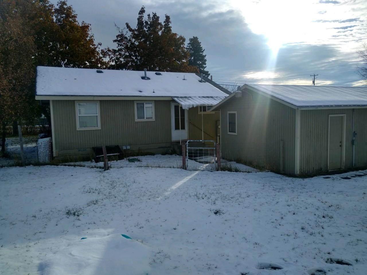 566 Willow Glen Drive - Photo 1