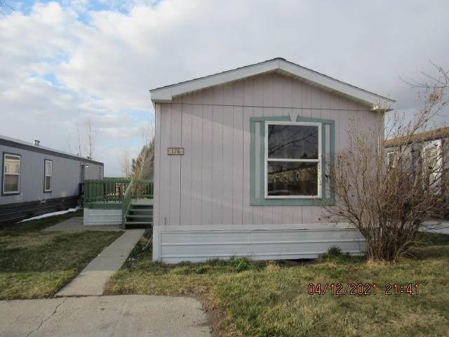3805 7th Street NE, Great Falls, MT 59404 (MLS #22104921) :: Dahlquist Realtors