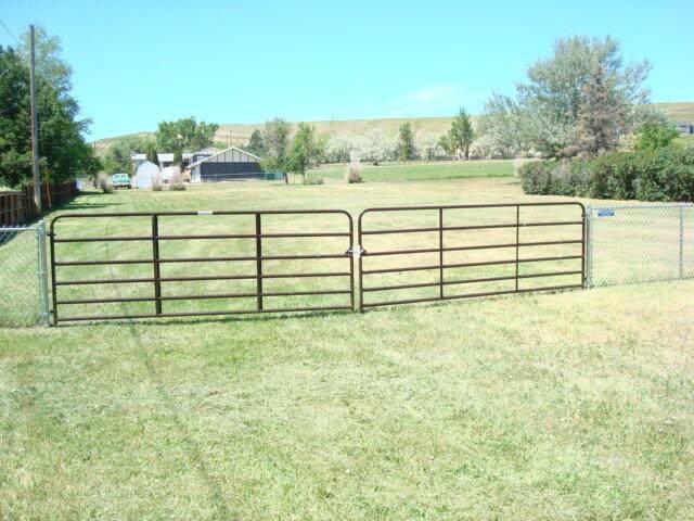1840 6th Street NW, Great Falls, MT 59404 (MLS #22109282) :: Montana Life Real Estate