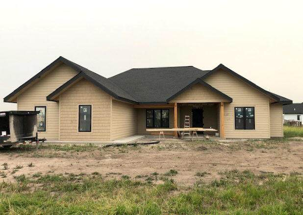 208 Mannington Street, Kalispell, MT 59901 (MLS #22111293) :: Whitefish Escapes Realty