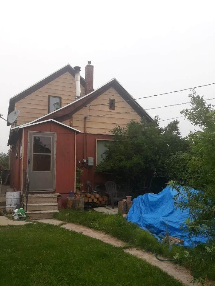 607 Cedar Street - Photo 1