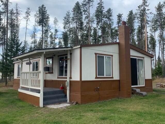 311 Cub Lane, Seeley Lake, MT 59868 (MLS #22115057) :: Dahlquist Realtors