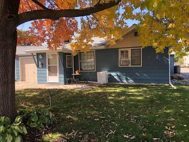 1821 S Grant Street, Missoula, MT 59801 (MLS #22115289) :: Montana Life Real Estate
