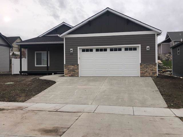 362 Mountain Vista Way, Kalispell, MT 59901 (MLS #21915457) :: Andy O Realty Group