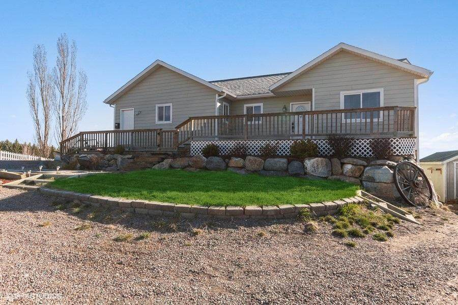 115 Good Country Road - Photo 1