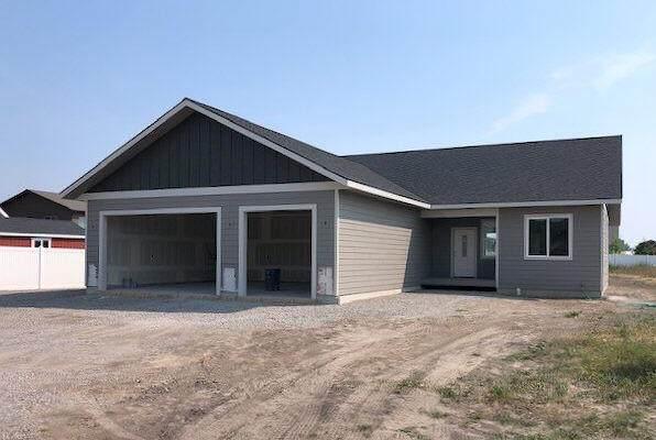 1078 Mackinaw Loop, Somers, MT 59932 (MLS #22108327) :: Montana Life Real Estate