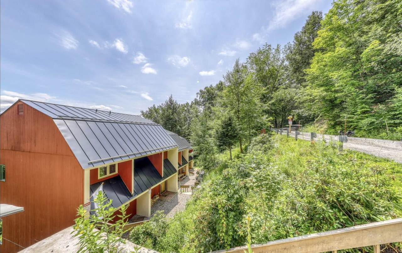 228 Top Of The Valley Road - Photo 1