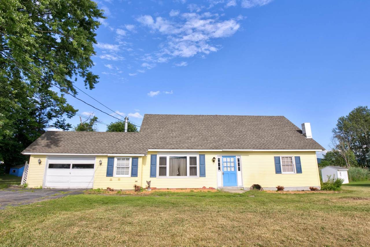 386 East Pittsford Road - Photo 1