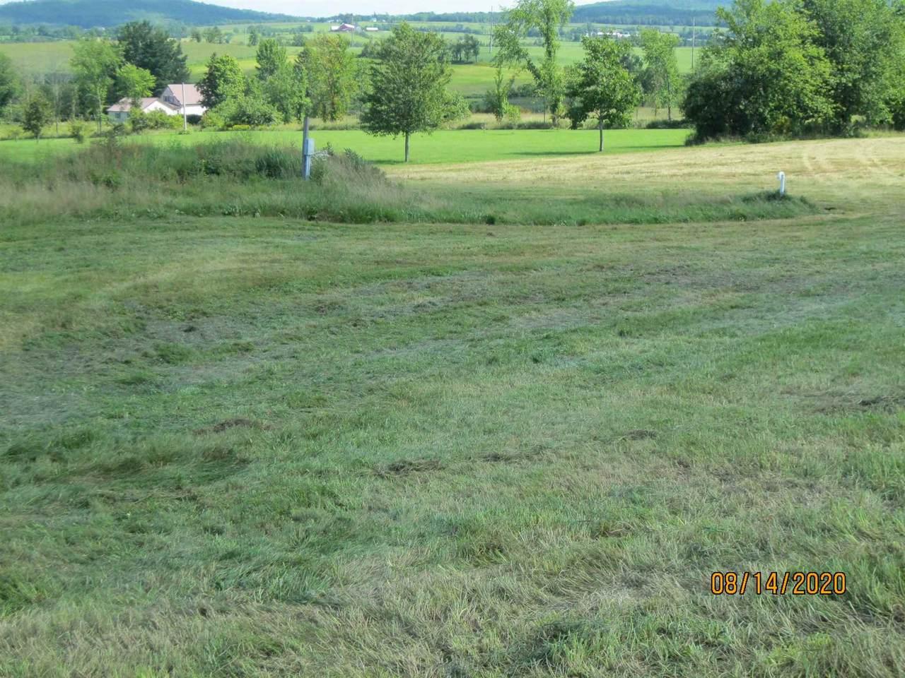 1501 Searles Flats - Photo 1