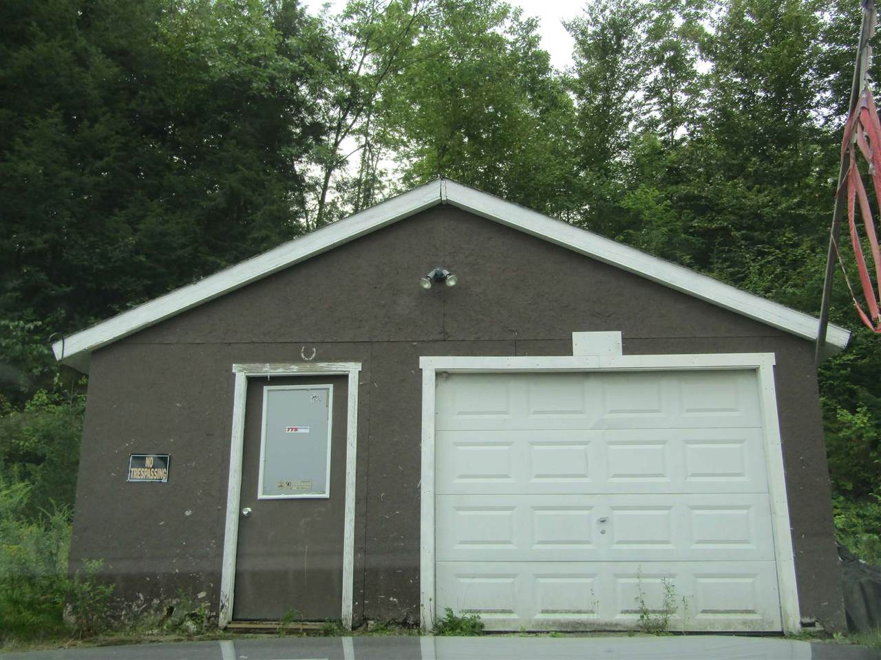 117 Belleview Drive - Photo 1