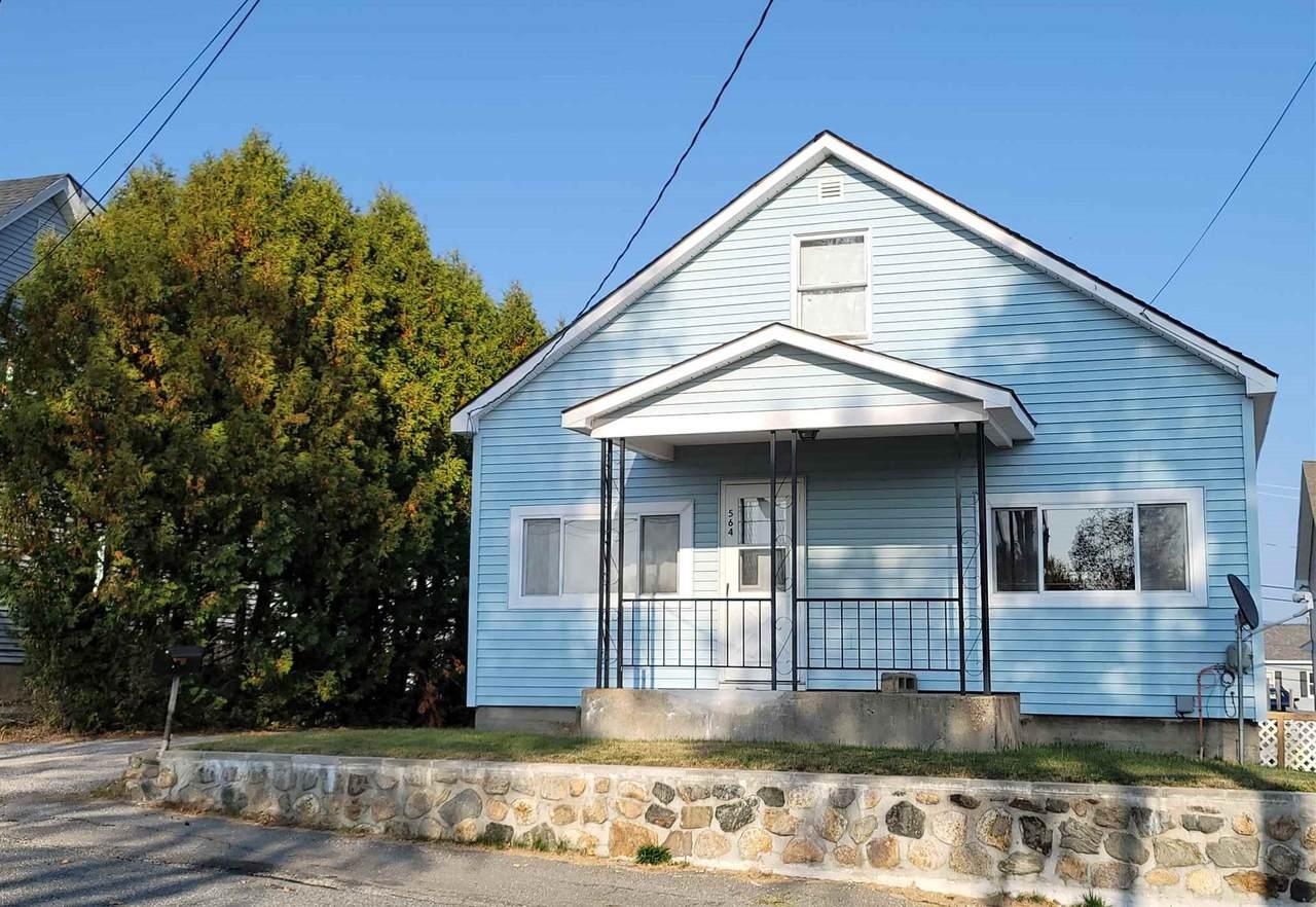 564 Lincoln Avenue - Photo 1