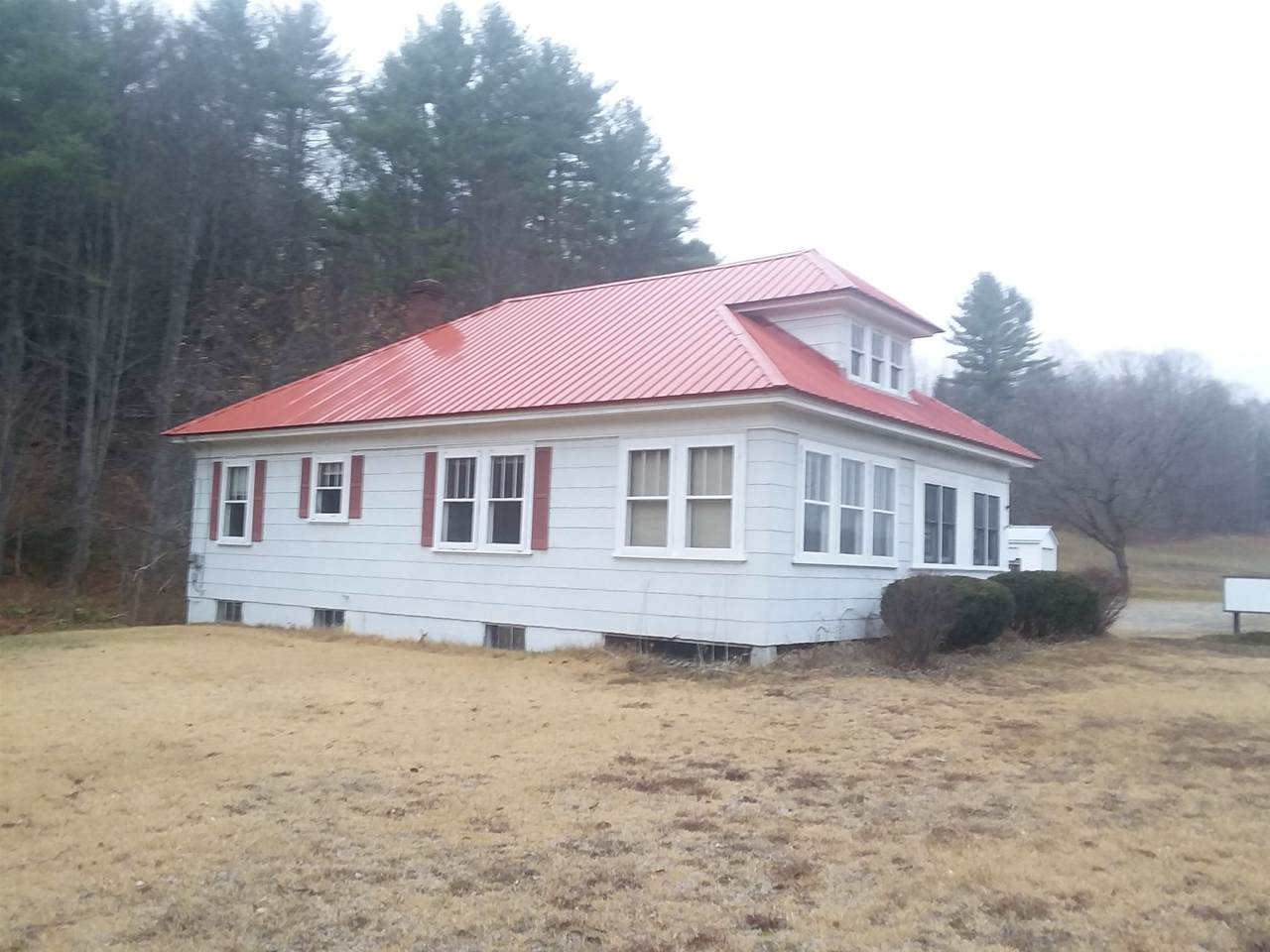 663 Old Center Road - Photo 1
