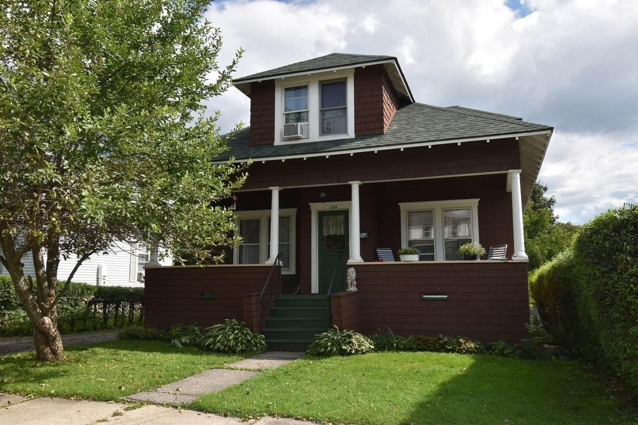 124 Oak Street - Photo 1