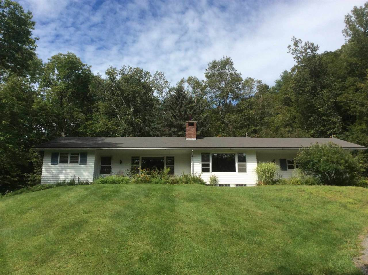 3332 South Road - Photo 1
