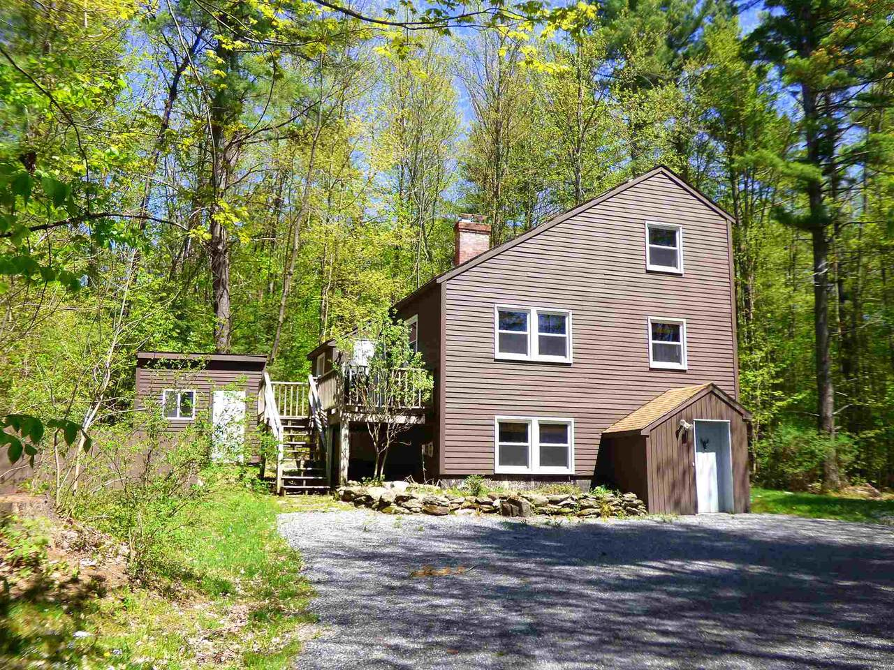 981 Stowe Hollow Road - Photo 1