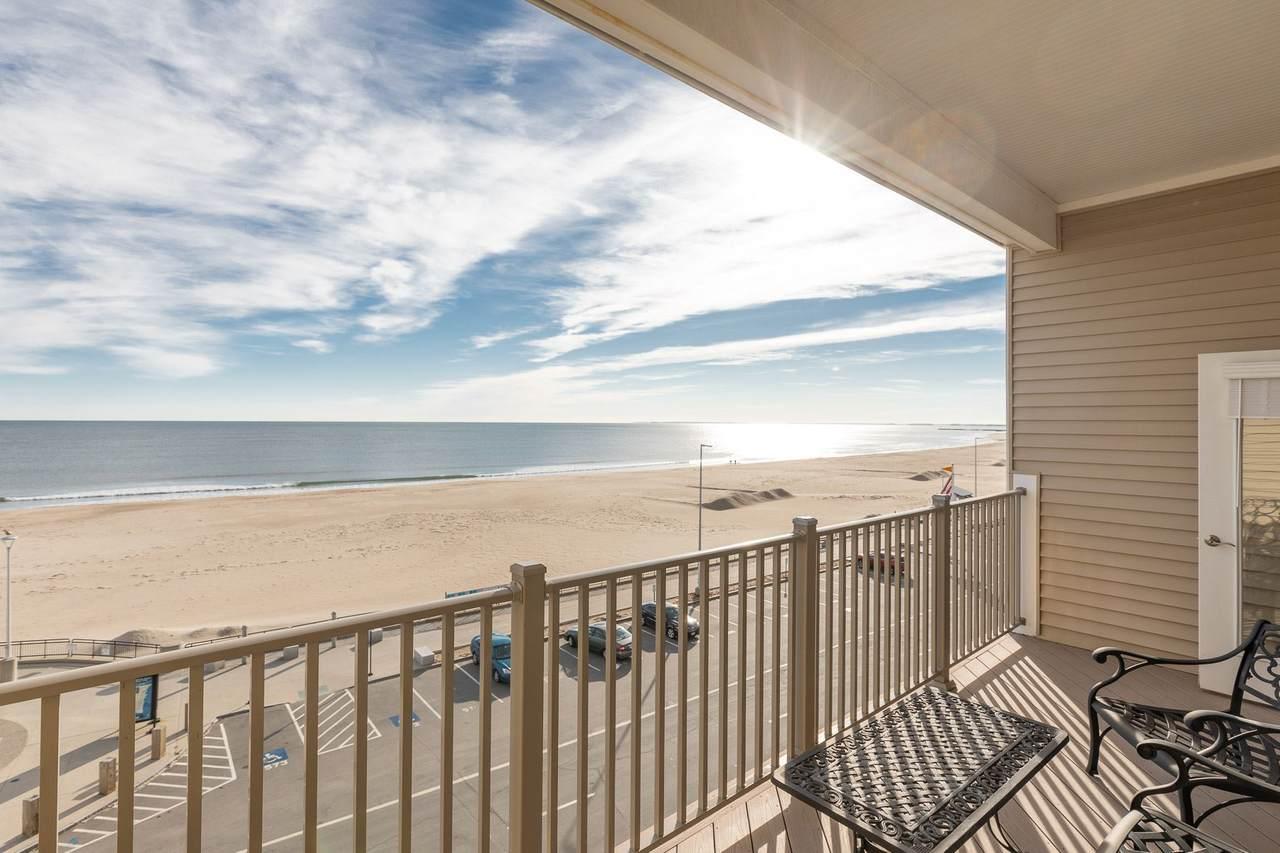 315 Ocean Boulevard - Photo 1