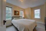 802 Middle Road - Photo 10