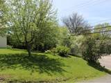 163 Malletts Bay Avenue - Photo 40