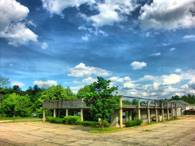 360 Broadway Road, Salem, NH 03079 (MLS #4653379) :: Keller Williams Coastal Realty